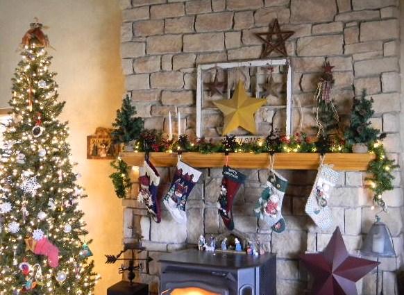 Rustic christmas mantel my modern country - Superb modern christmas decor ideas ...